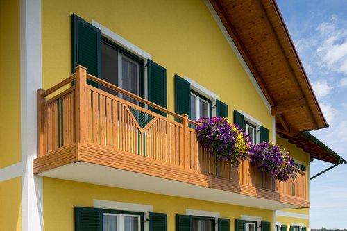 Guardi, Balkon, balkon alu, balkon holzoptik, balkone presie, balkonsanierung, balkongeländer alu,